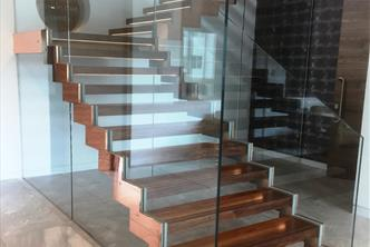 Feature Reception Staircase